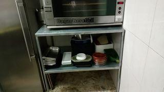 mesa horno con estantería