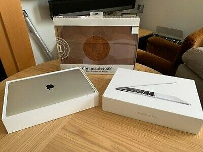 Apple mac book pro 13 2017