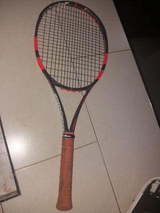 raqueta de tenis strike