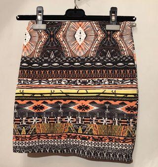 Falda de tubo africana