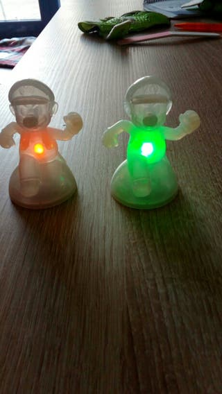 MARIO BROS 2 Figuras con luz