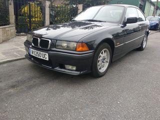 BMW 323 coupé