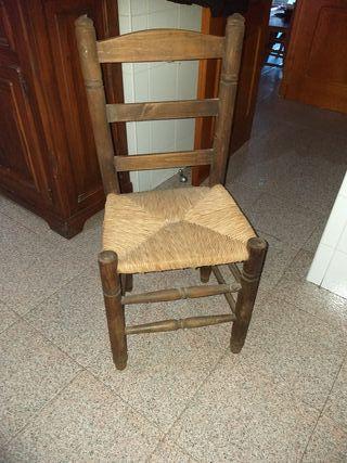 silla envejecida dos unidades