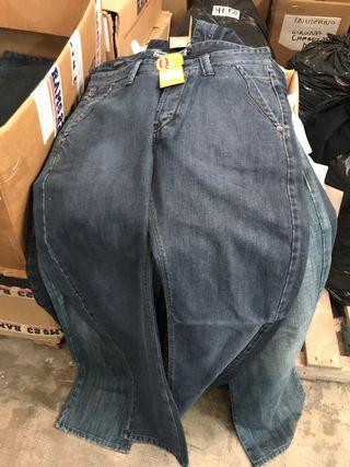 Lote de pantalones marca RAMS 23