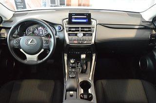 Lexus NX 300h Corporate 2WD + Navibox