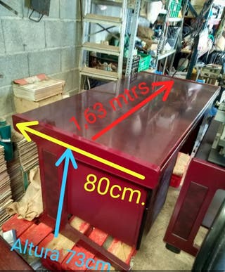 Mesas de madera de haya