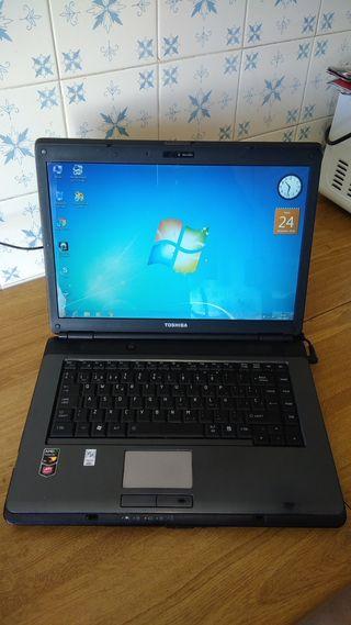 TOSHIBA L300-4GB RAM-W7