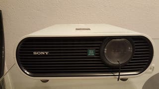 PROYECTOR SONY SIN USO