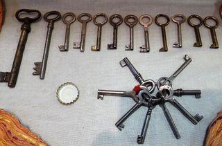 Colección de viejas llaves originales. 20 unidades