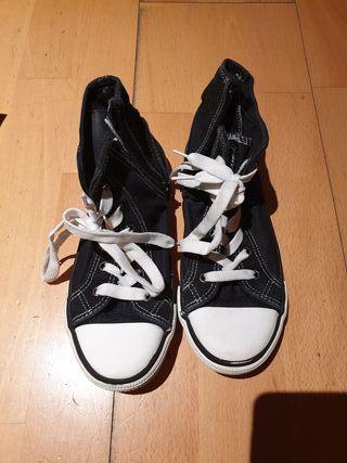 Bota- zapatilla N 34