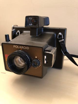 b1803c3647906 Cámara de fotos Polaroid de segunda mano en Barcelona en WALLAPOP