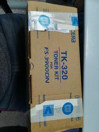 Tóner kit TK-320 para Kyocera. Nuevo y sin abrir.