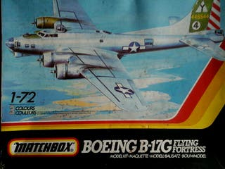 Maqueta Bombardero B 17 FLYING FORTRESS