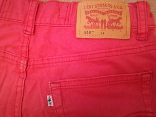 pantalón Levi's rojo T. 14