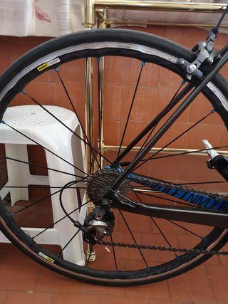 Bicicleta carretera carbono GHOST