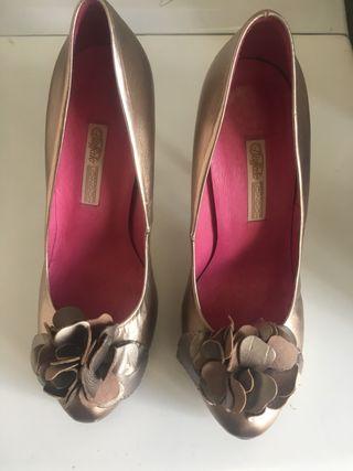 Zapatos diseñador marca Buffalo London talla 38
