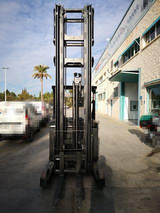 Carretilla elevadora 2000 kg triples 9,47 m alto
