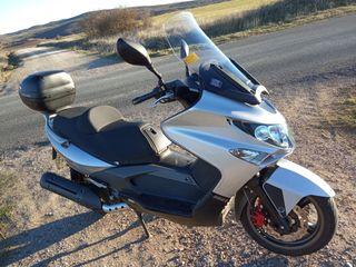 Moto Kymco 250cc