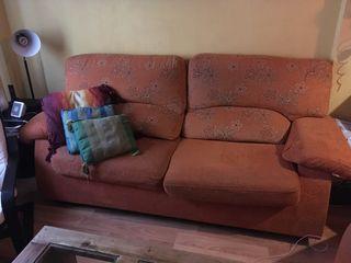 Sofá cama y sillón orejero abatible