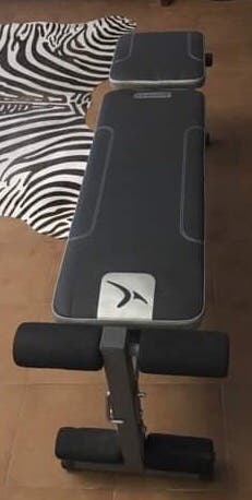 Banco de musculación plegable e inclinable + pesas