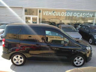 Ford Tourneo Courier 1.6 TDCI 95CV TRED