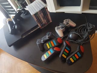 Play Station 3 + 2 mandos + mando especiales buzz