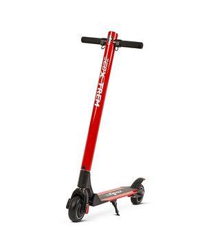 Scooter o patinete eléctrico 250w de color negro