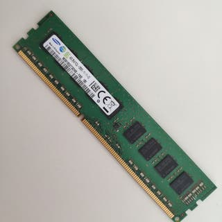 Memoria RAM 4GB DDR3 UDIMM (4 disponibles)