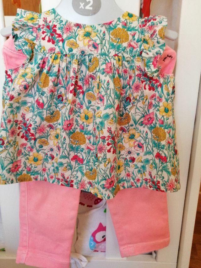 26f104a52 Conjunto pantalón + blusa NANOS de segunda mano por 18 € en O Burgo ...