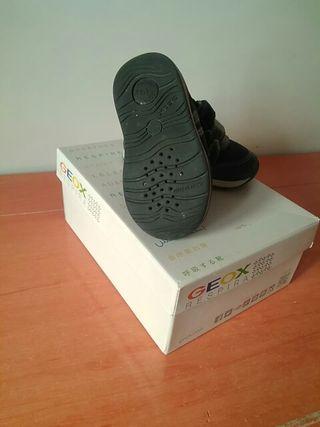 Zapato zapatilla Geox bebé