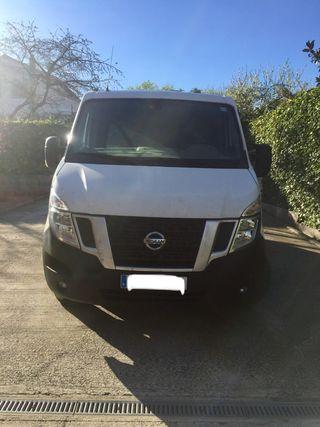 Nissan NV400 2017