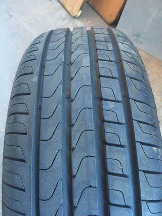 Neumático suelto 205/60 R 16