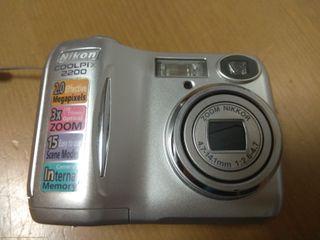 camara de fotos Nikon coolpix 2200