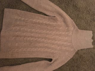 Knitwear size Medium, brand new, no labels