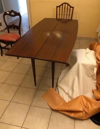 Mesa de libro para comedor en madera de segunda mano por 120