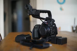 Cámara de video Canon C100 DAF