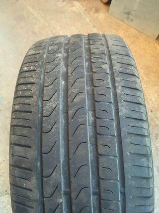 Neumático suelto 225/50 R 17