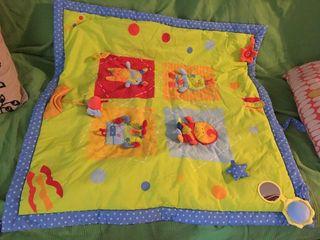 Manta de juegos acolchada para bebé Imaginarium