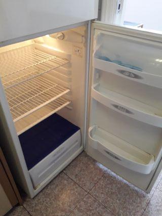 Nevera, frigorífico Corbero