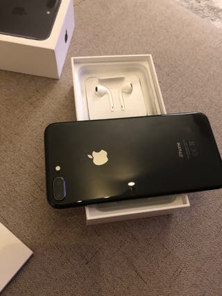 iPhone 8 + plus 64 gb negro