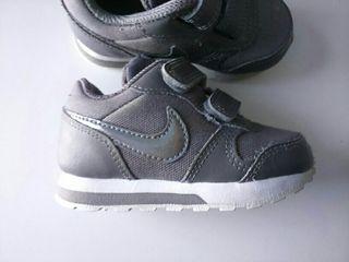 Zapatillas Nike. 21 de segunda mano por 9 € en Alcalá de