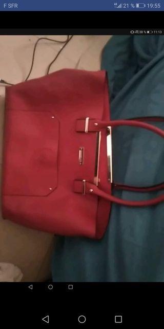 Grand sac rouge marque torrente