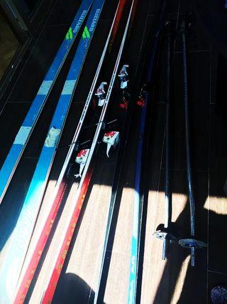3 pares esquís + 2 pares de palas + botas
