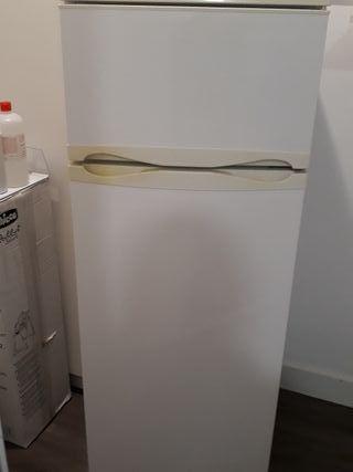Frigorífico-congelador