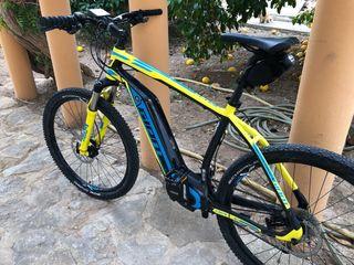 Bicicleta mtb electrica giant 27,5