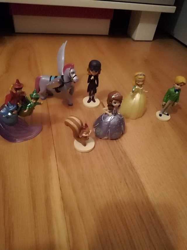 Set de 7 figuras Princesa Sofia Disney