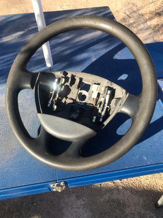 Volante Renault Trafic año 2006 sin airbag