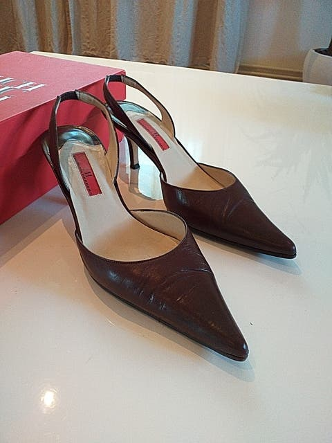 581ac00a31d5 Zapatos Carolina Herrera de segunda mano por 40 € en Barcelona en ...