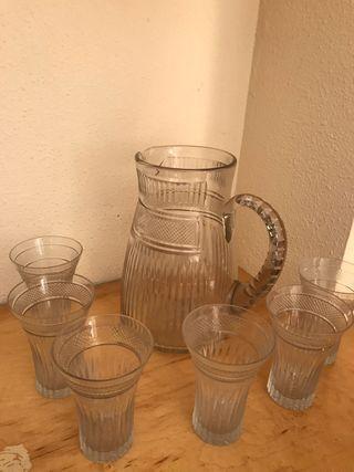 Jarra y 6 vasos de cristal tallado