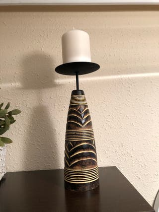 Soporte de vela de madera etnico